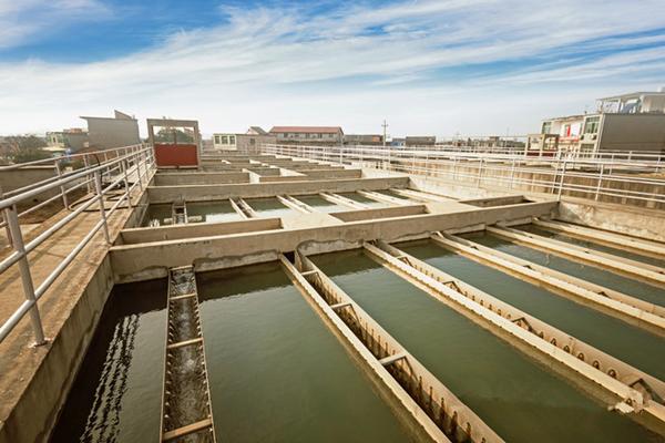 陕西大中型办公楼自循环水体系广谱缓蚀阻垢剂L-403